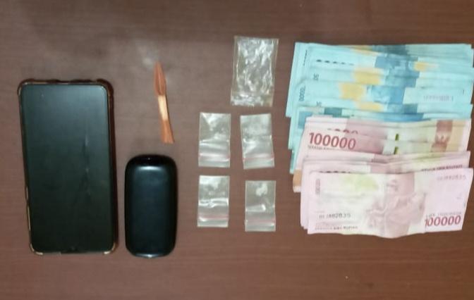Sejumlah barang bukti diamankan di Polres Bontang guna menjalani proses pengembangan dan penyidikan (Foto: humas Polres Bontang)